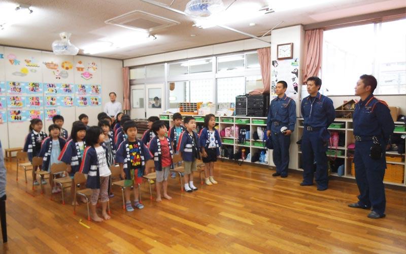 幼年消防クラブ解散式